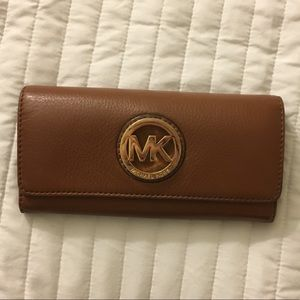 Large Michael Kors Wallet